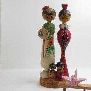Korean family Kokeshi doll/ japanese doll/ mini ok